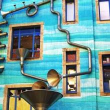 Il Fullen Wall di Dresda. Il palazzo azzurro che suona quando piove…