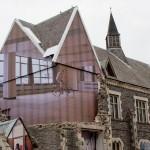 La casa dalle mura Invisibili di Mike Hewson