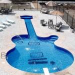 Guitar Pool, Canada