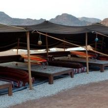 """The Rock Camp: tende beduine di """"lusso"""" per un'esperienza unica in Giordania"""
