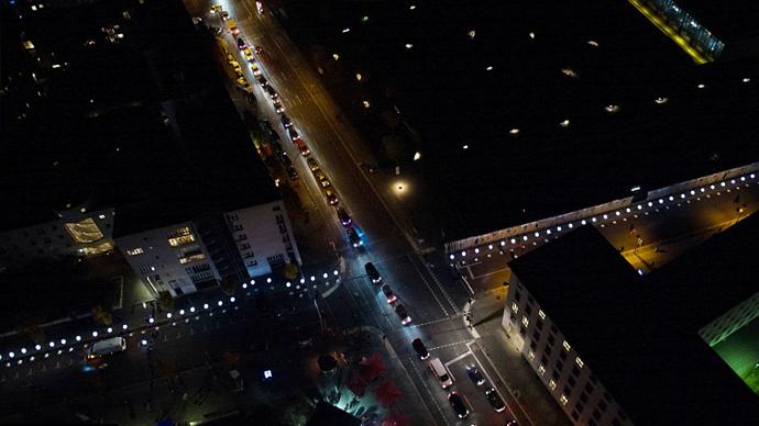 8 mila palloncini ricordano la caduta del Muro Di Berlino